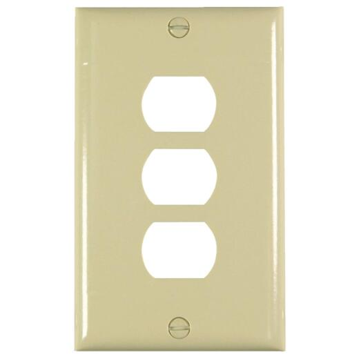 Pass and Seymour 3-Port Ivory Thermoset Ribbed Wall Plate